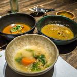 スパイスカフェ - 牡蠣、鰤、野菜カレー
