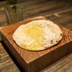 スパイスカフェ - うす焼きパン