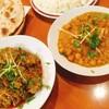 パキスタン レストラン - 料理写真:ギヤトリゴーシュト(左)、ムルグチャナ(右)