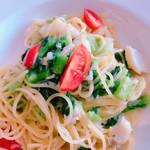 102169787 - スパゲッティ:鱈と菜の花のペペロンチーノ