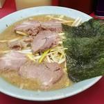102170642 - ネギ味噌チャーシューメン(太麺)(890円)