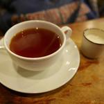 喫茶チロル - ミルクティー