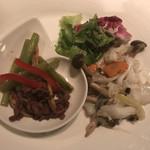 スターアニス - 牛肉本日の鮑料理中国野菜のオイスター風味