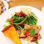 広島アンデルセン - ローストビーフとポテトのサラダ、キッシュロレーヌ
