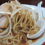 Kaeru - ラーメン(野菜少なめ・細麺)