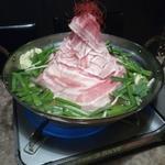 102180324 - 豚鍋
