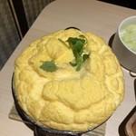 温炊き さんずい - ふわふわの卵の中はカニの餡