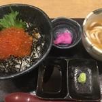 宮屋 - イクラ丼+うどん1,500円