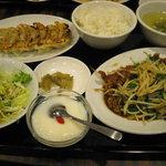 10219616 - レバニラ定食(餃子つき)950円