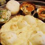 インド料理レストラン カラス - ミックスグリルランチ