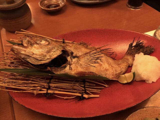 魚 枡の料理の写真