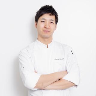 吉田智氏(ヨシダサトシ)-技術を武器に料理で人を喜ばせたい