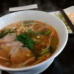 タイ料理 プリック タイ - スパイシータイヌードル