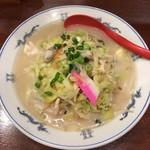 皇上皇 - 料理写真:ちゃんぽん  ある意味長崎らしく無い、甘さ無し+塩っぺー 味