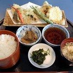 カタクリの花 - 奥多摩清流定食