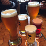 102210038 - クルフトビールで乾杯