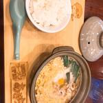 鍋焼きラーメン専門店 あきちゃん - 鍋焼きラーメン中とライス小