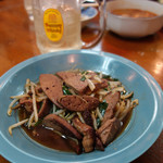 中華料理ぼたん - レバニラ600円。