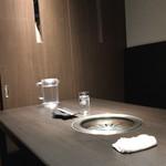 102214787 - 【店内(個室)】まさかの個室です。めちゃくちゃゆったりできました。