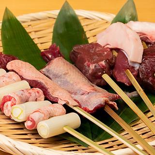 選び抜かれた旬食材のみで織り成す、岐阜の郷土料理が自慢