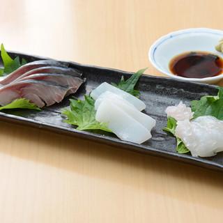 新鮮な刺身と美味しい酒菜