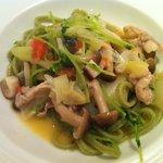 10224051 - 白菜とキノコの和風パスタ