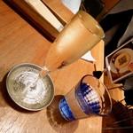 ヘッドクォーターズカフェ - スパークリングワインのもっきり状態ww