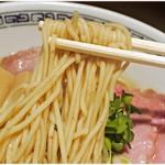 中華そば ます田 - 小麦の風味バツグンの麺。