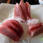 三崎「魚市場食堂」 - まぐろ刺身