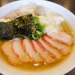 八雲 - 料理写真:ワンタン麺