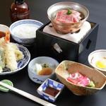 昭和の森 車屋 - 料理写真:彩り膳