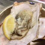 tobiume - 生牡蠣付き