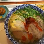 薩斐蘭州牛肉麺 - カップルセットの大盛と小鉢2品