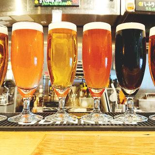 クラフトビールをはじめ、種類豊富なドリンクを揃えております
