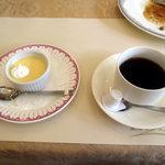 ラ・セール - コーヒーとデザートプリン