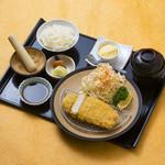 三元豚ロースカツ定食