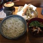 鎌倉みよし - 天釜鶏汁うどん