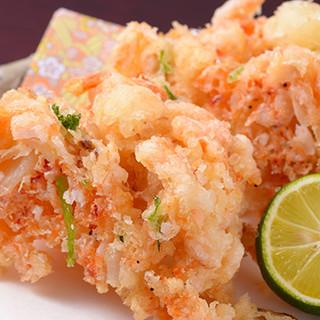 季節感溢れる天ぷらと、一品料理の数々をお愉しみください