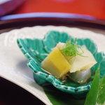 谷中魚善 - 蝦夷鮑(えぞあはび)