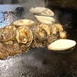 風流お好み焼 染太郎 - 牡蠣焼き