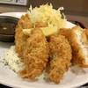 オリーブ・キッチン  - 料理写真:カキフライ タルタルたまり醤油 チキンカツもあり2種類のソースで