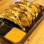 102275412 - 焼き餃子♡                       味噌ダレで