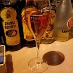 102278118 - スパークリングワイン