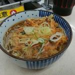 どん亭 - 天ぷらそば 370円