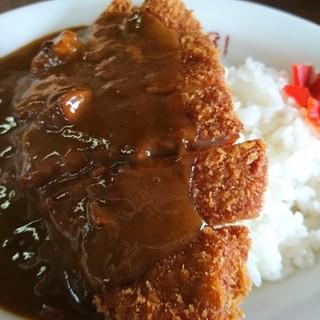 松福 - 料理写真:カツカレー700円