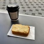 バードバス&キオスク - アップル&レモンケーキ、ドリップコーヒー