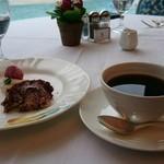 102291506 - デザート、コーヒー