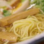 102294608 - 麺