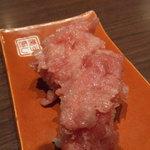 江戸前寿し食べ放題 漁師料理の店 うみめし - 途中で一人一貫配ってくれた剥き身