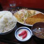 1023322 - トンカツ定食(ご飯大盛り)